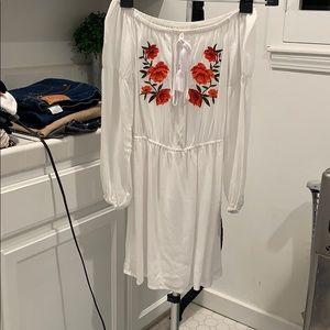 Dresses & Skirts - White off-the-shoulder dress